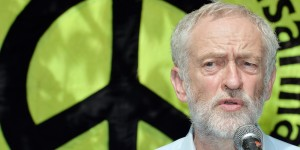 Corbyn delivers speech on ditching nuclear weapons that 'destroy your neighbour' to mark Hiroshima bombing